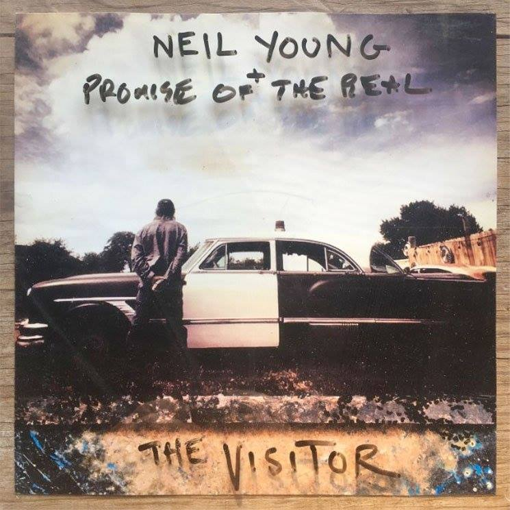 Neil Young  23130510