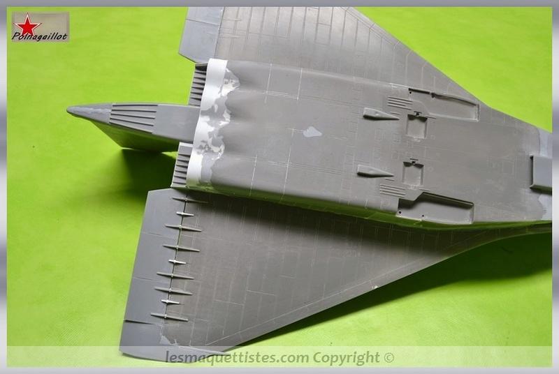T-4 Sotka (Amodel 1/72) - Page 3 001_8040