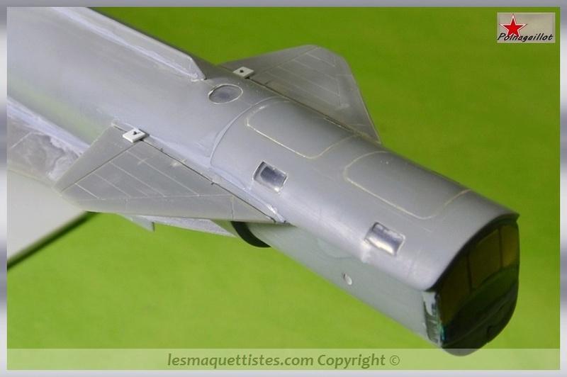 T-4 Sotka (Amodel 1/72) - Page 3 001_8041