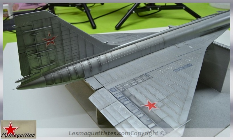 T-4 Sotka (Amodel 1/72) - Page 7 001_8056