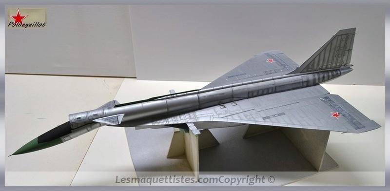 T-4 Sotka (Amodel 1/72) - Page 8 001_8060
