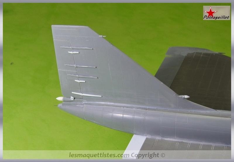 T-4 Sotka (Amodel 1/72) - Page 3 002_8038