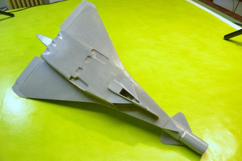 T-4 Sotka (Amodel 1/72) 004_8034