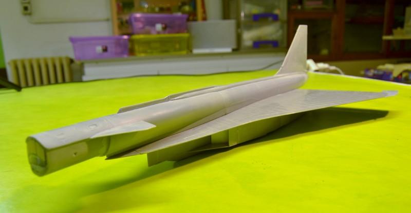 T-4 Sotka (Amodel 1/72) 006_8025