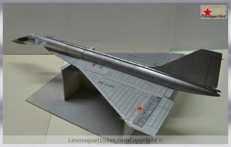 T-4 Sotka (Amodel 1/72) - Page 8 006_8033