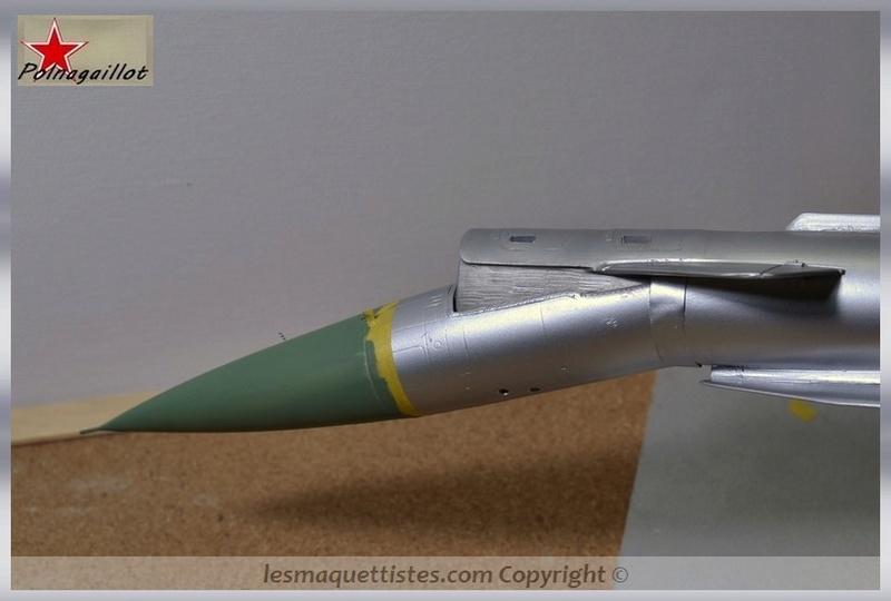 T-4 Sotka (Amodel 1/72) - Page 6 007_8032