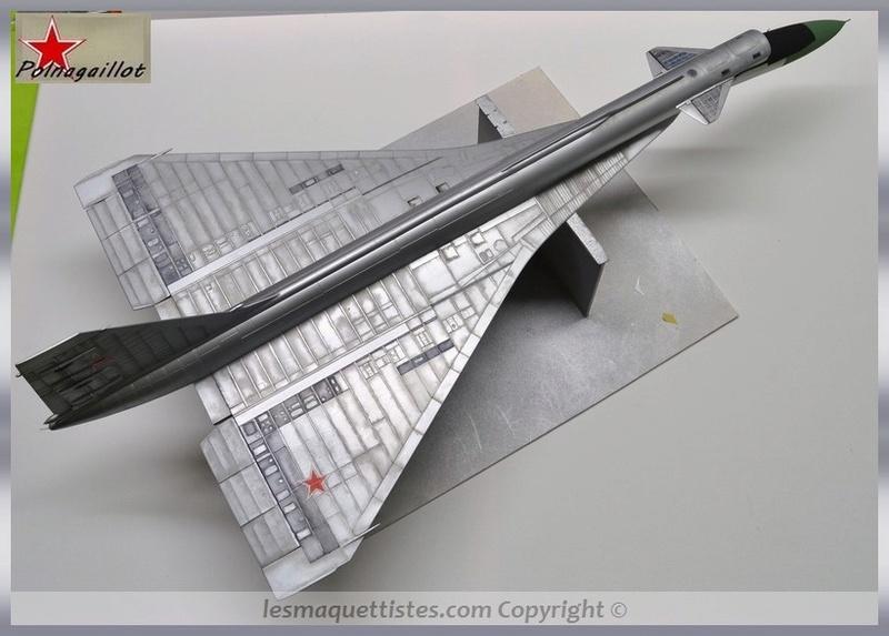 T-4 Sotka (Amodel 1/72) - Page 7 007_8033