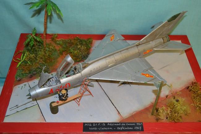 MiG-21 MFN (Eduard 1/48) - Page 2 038_7511