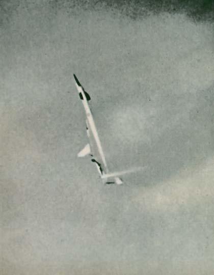 T-4 Sotka (Amodel 1/72) - Page 3 03e97b10