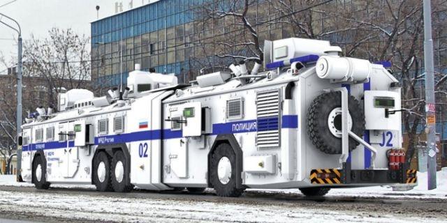 Z3 - scratch + Takom FINI Police10