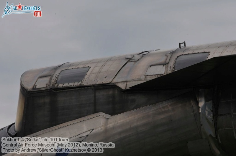 T-4 Sotka (Amodel 1/72) - Page 6 Sukhoi25