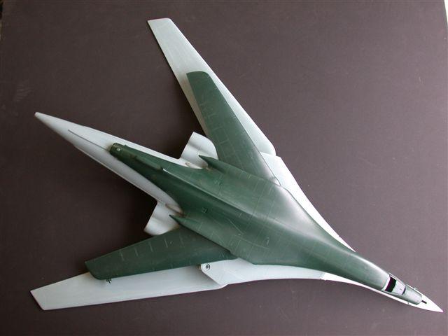 Défi moins de kits en cours : Rockwell B-1B porte-clé [Airfix 1/72] *** Abandon en pg 9 - Page 3 Tu160r10