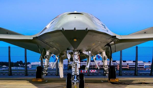 Le ravitaillement en vol par drone - US.. Boeing10