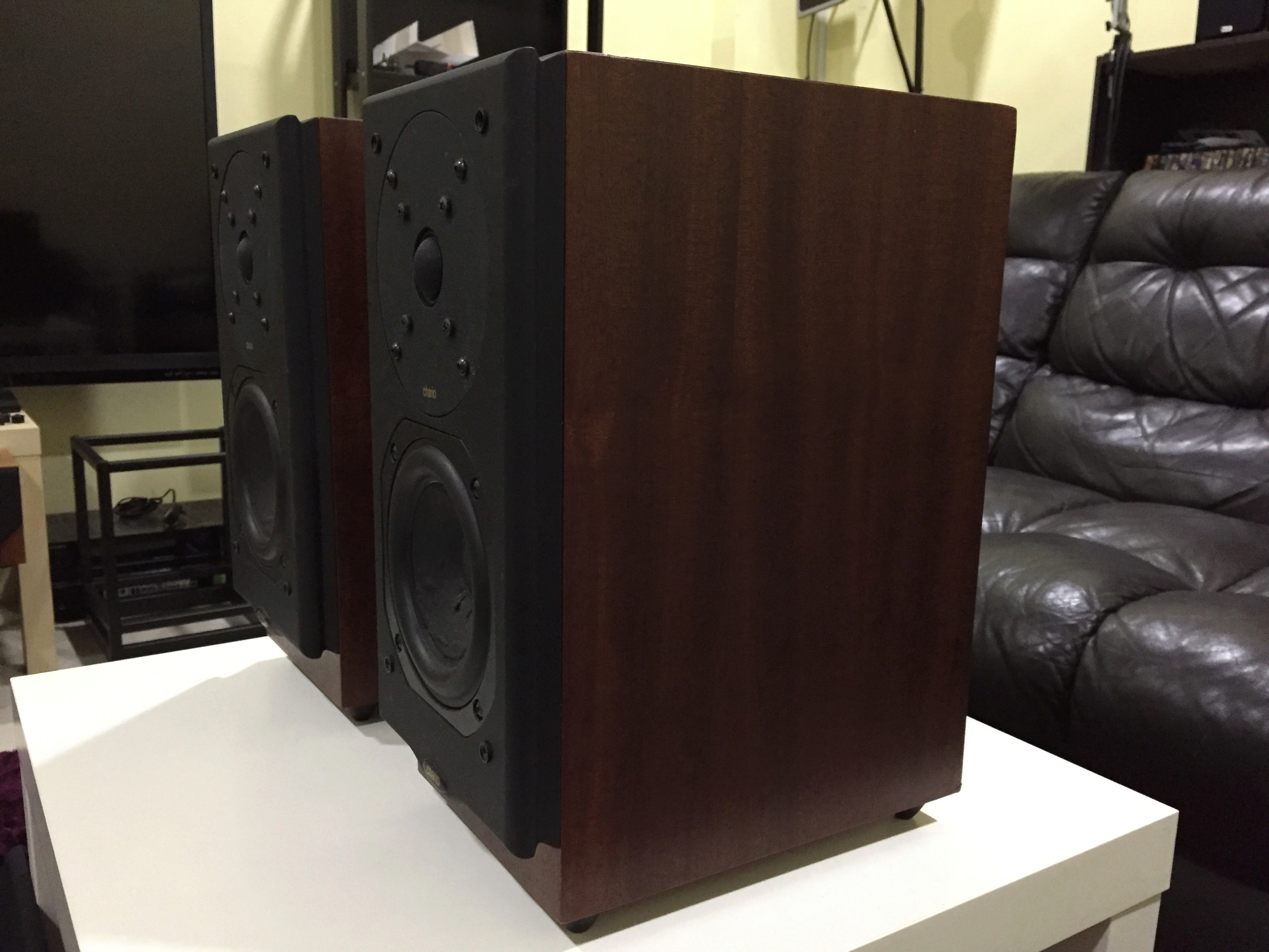 Chario Premium 1000 speaker ( Sold) 510