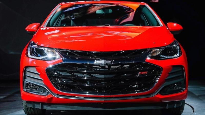 2017 - [Chevrolet] Cruze Hatchback - Page 2 07718410