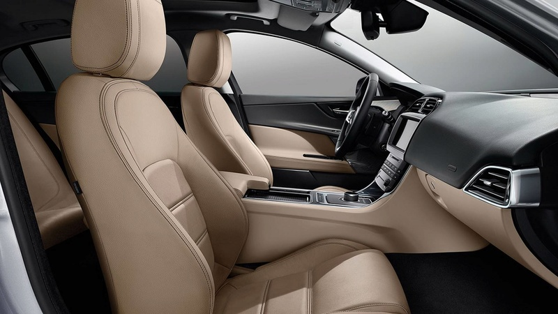 2014 - [Jaguar] XE [X760] - Page 22 0c4bc110