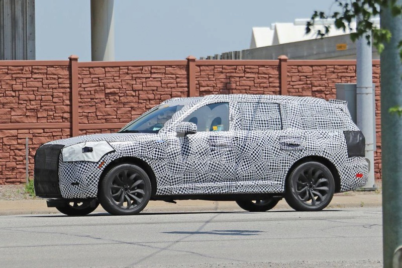 2019 - [Lincoln] Aviator 119e7310