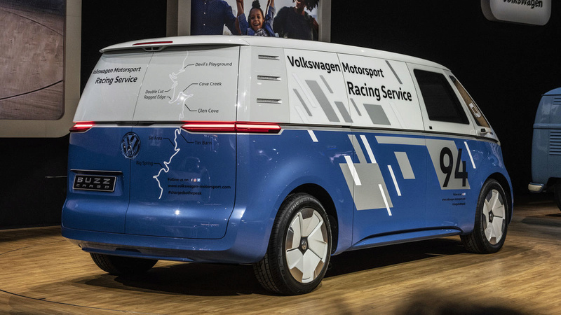 2017 - [Volkswagen] Electric VW Microbus concept - Page 2 18297c10