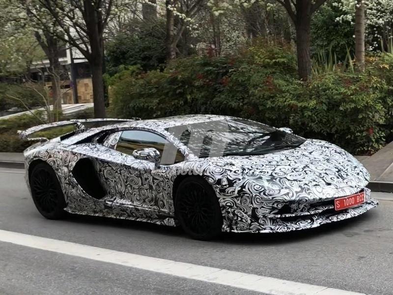 2011 - [Lamborghini] Aventador LP700-4 - Page 26 233ef810