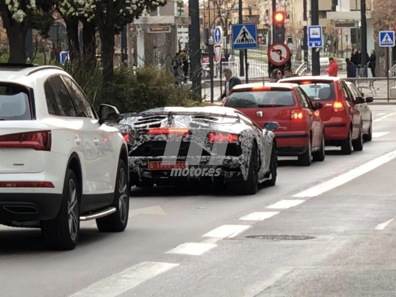2011 - [Lamborghini] Aventador LP700-4 - Page 26 2ac4ad10