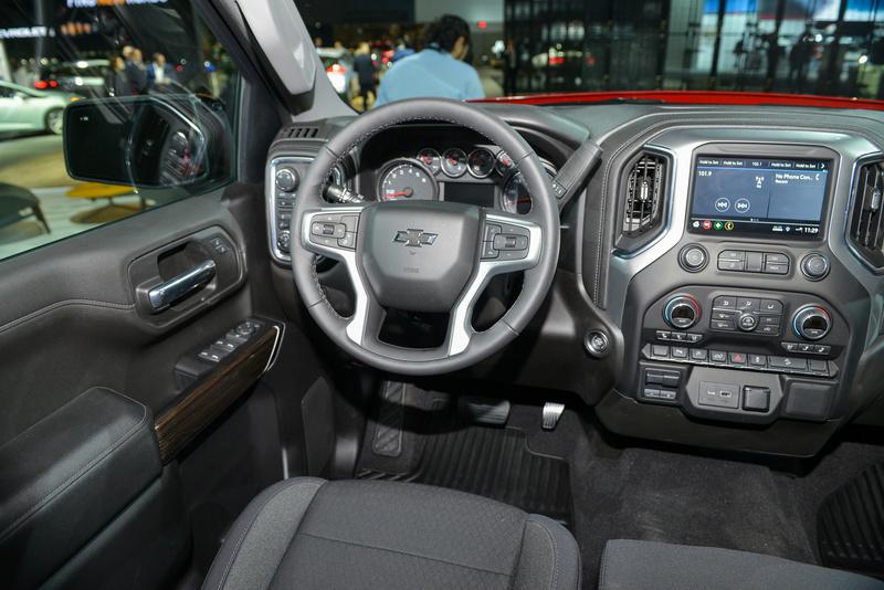 2018 - [Chevrolet / GMC] Silverado / Sierra 2e61b510