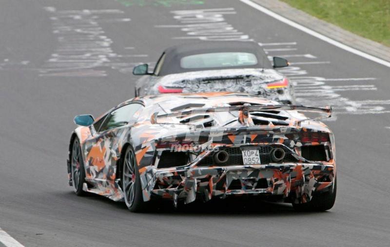 2011 - [Lamborghini] Aventador LP700-4 - Page 26 2f090d10