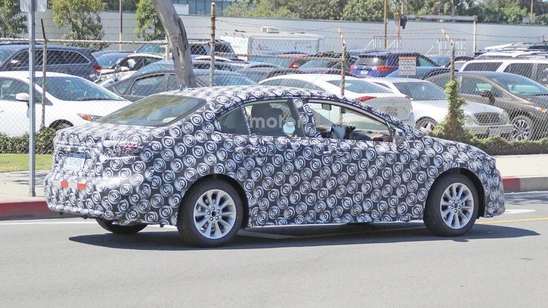 2018 - [Toyota] Corolla Sedan 321de310
