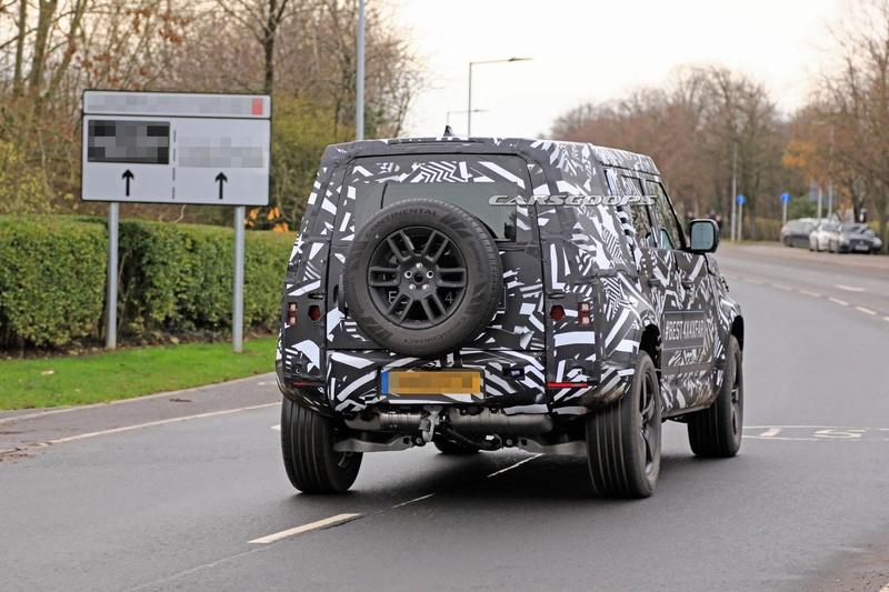 2018 - [Land Rover] Defender [L663] - Page 5 32852710