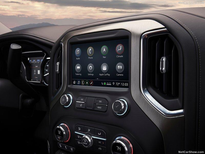 2018 - [Chevrolet / GMC] Silverado / Sierra 3b7a2010