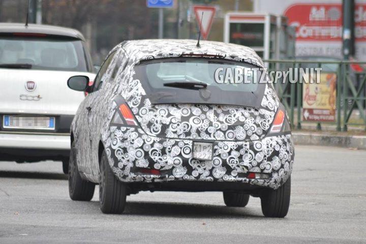 2015 - [Lancia] Ypsilon restylée - Page 5 3d74f310