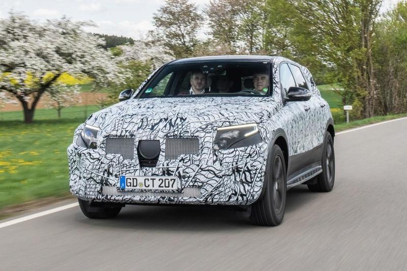 2019 - [Mercedes-Benz] EQ C 3fb2b410
