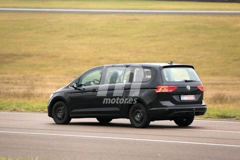 2020 - [Volkswagen] Viloran (Sharan III) 44464410