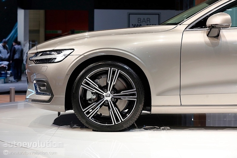 2018 - [Volvo] S60/V60 - Page 5 4808a710