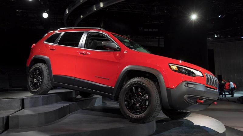 2016 - [Jeep] Cherokee restylé - Page 2 4e286f10