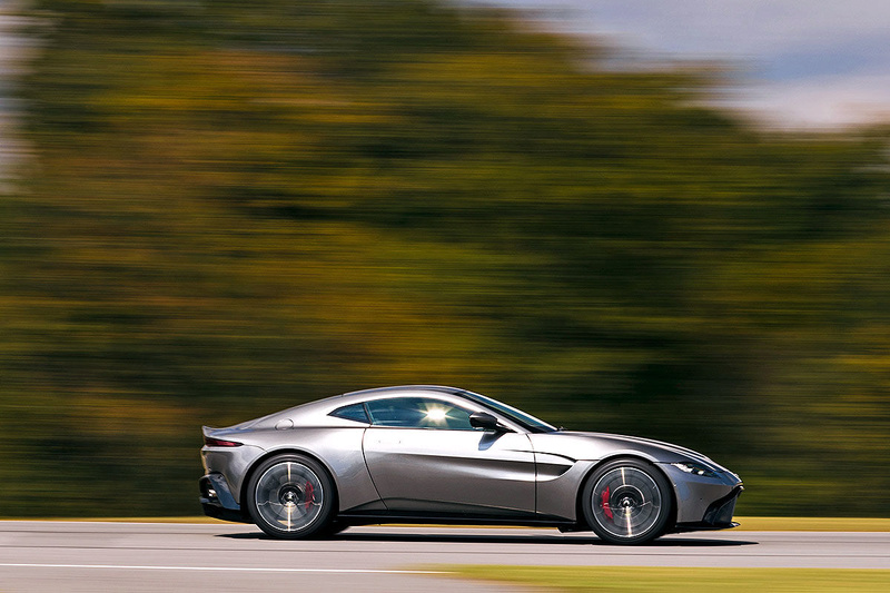2017 - [Aston Martin] Vantage - Page 2 5e8f3b10