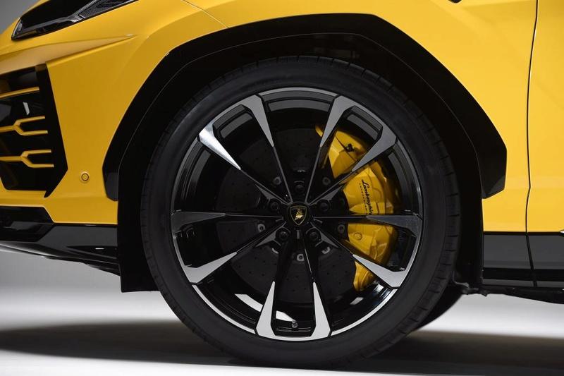 2018 - [Lamborghini] SUV Urus [LB 736] - Page 9 61aa3510