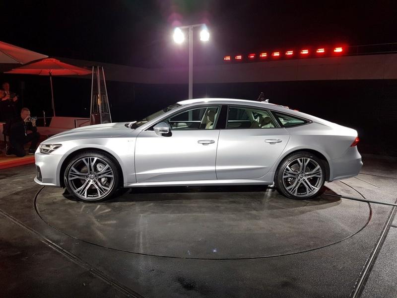 2017 - [Audi] A7 Sportback II - Page 8 65d55f10
