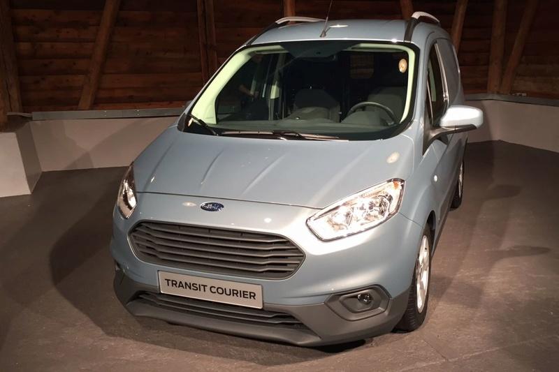 2017 - [Ford] Tourneo/Transit restylé - Page 2 67a5eb10