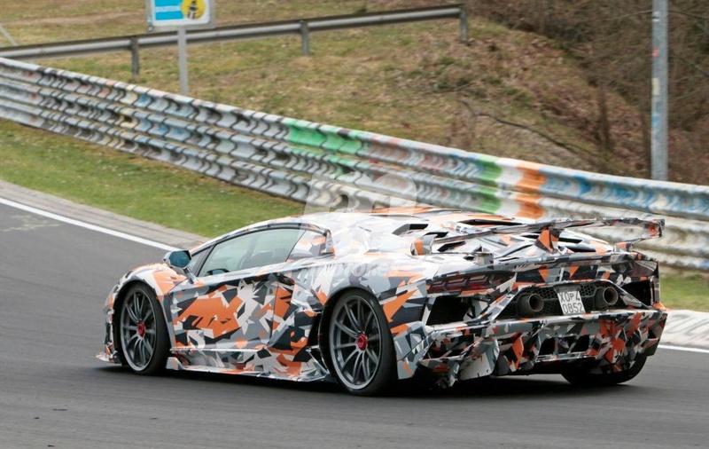2011 - [Lamborghini] Aventador LP700-4 - Page 26 6cee3a10