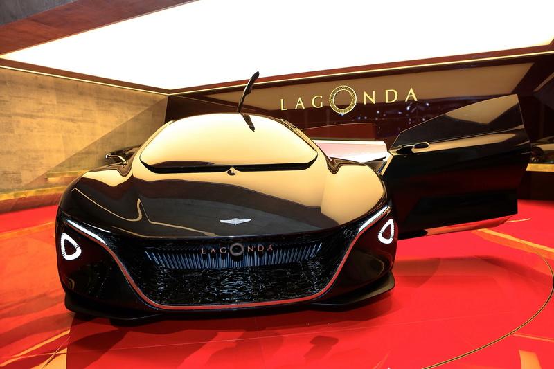 2018 - [Aston Martin] Lagonda Vision Concept  6cffe310