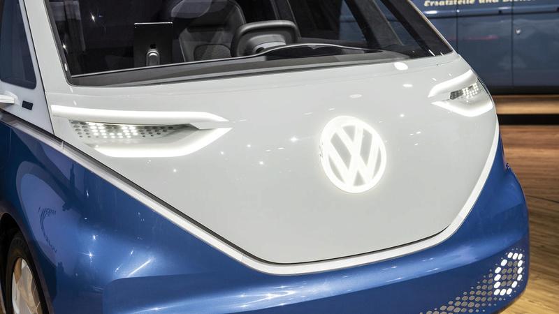 2017 - [Volkswagen] Electric VW Microbus concept - Page 2 6da39e10