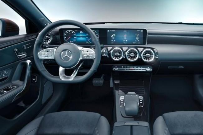 2018 - [Mercedes-Benz] Classe A Sedan - Page 3 71aa0e10