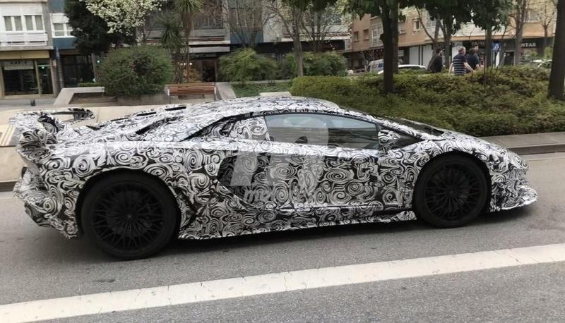 2011 - [Lamborghini] Aventador LP700-4 - Page 26 73100510