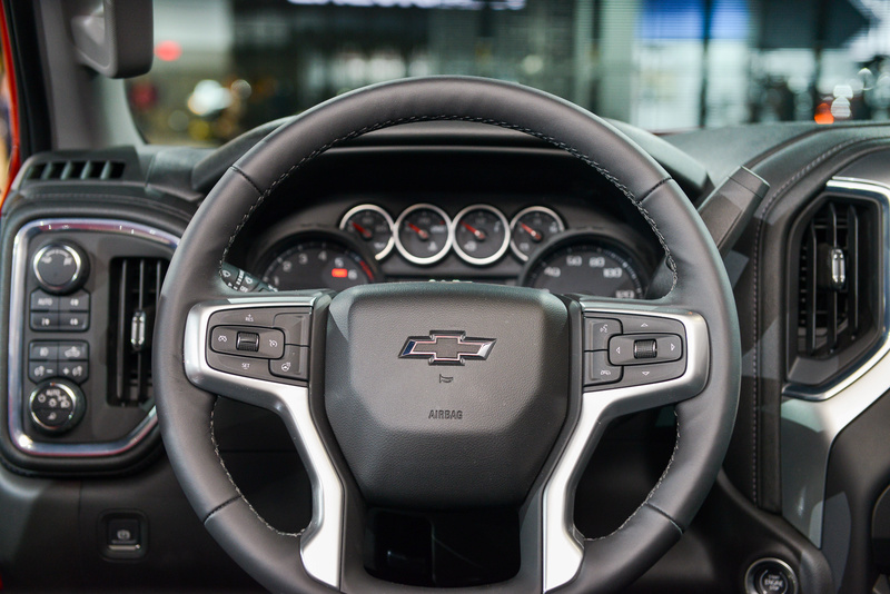 2018 - [Chevrolet / GMC] Silverado / Sierra 76b8dc10