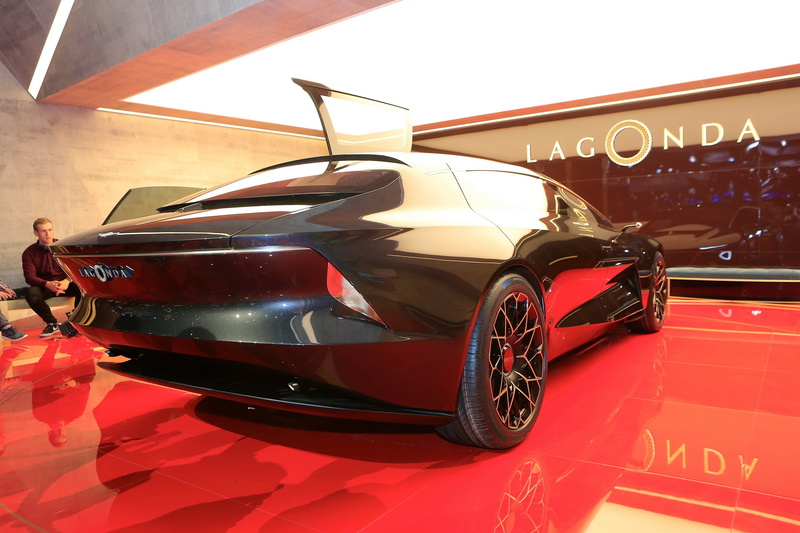 2018 - [Aston Martin] Lagonda Vision Concept  78319310