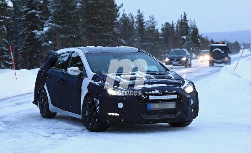 2020 - [Hyundai] i40 II 7a44c310