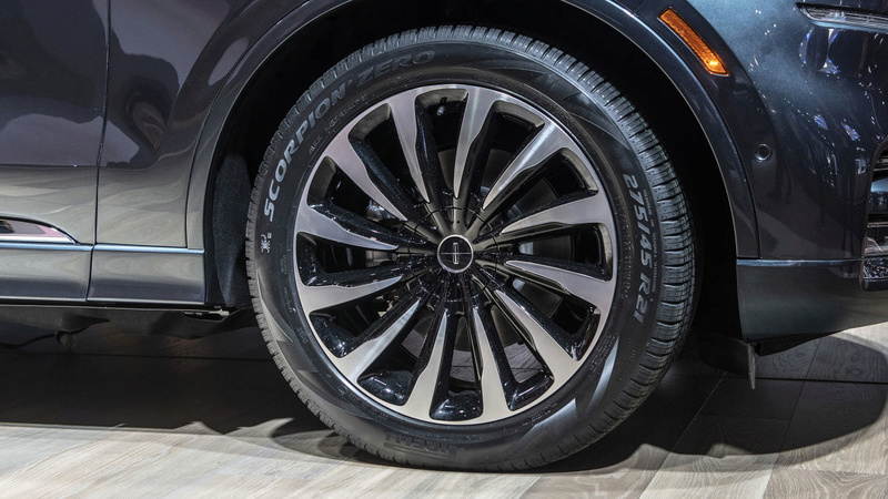 2019 - [Lincoln] Aviator 7abf8210