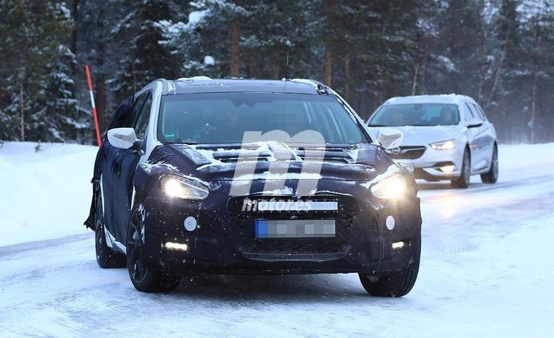 2020 - [Hyundai] i40 II 81253310
