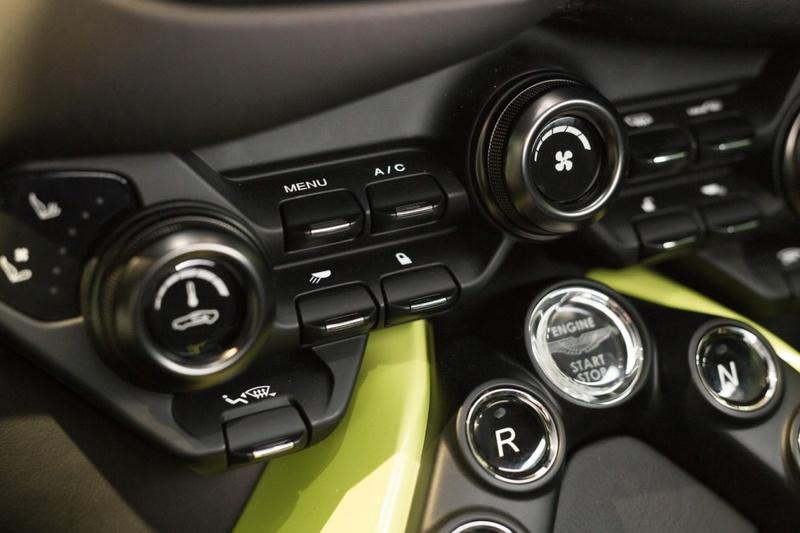 2017 - [Aston Martin] Vantage - Page 2 817f3e10
