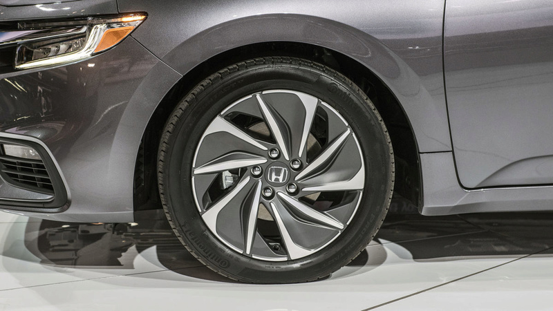 2018 - [Honda] Insight III 8236a510